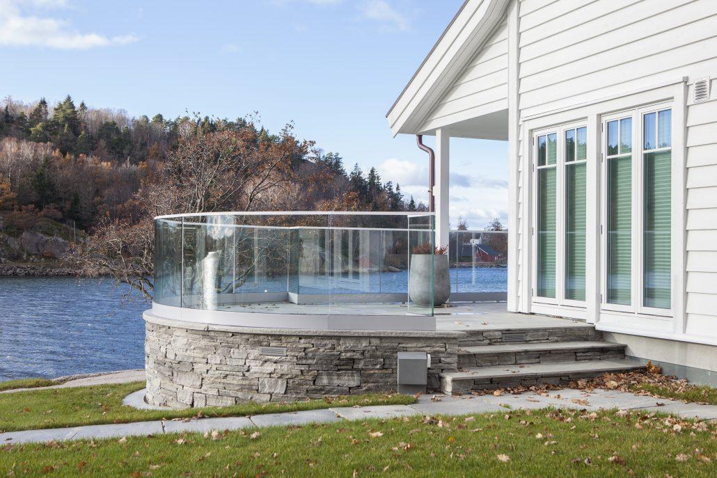 4b69ff84 Hvordan velge riktig glassrekkverk? - Glass og Fasadeforeningen