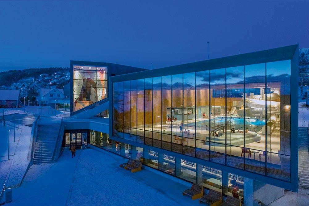 Foto av Ulstein Arena. Foto: Lund-Slaatto Arkitekter
