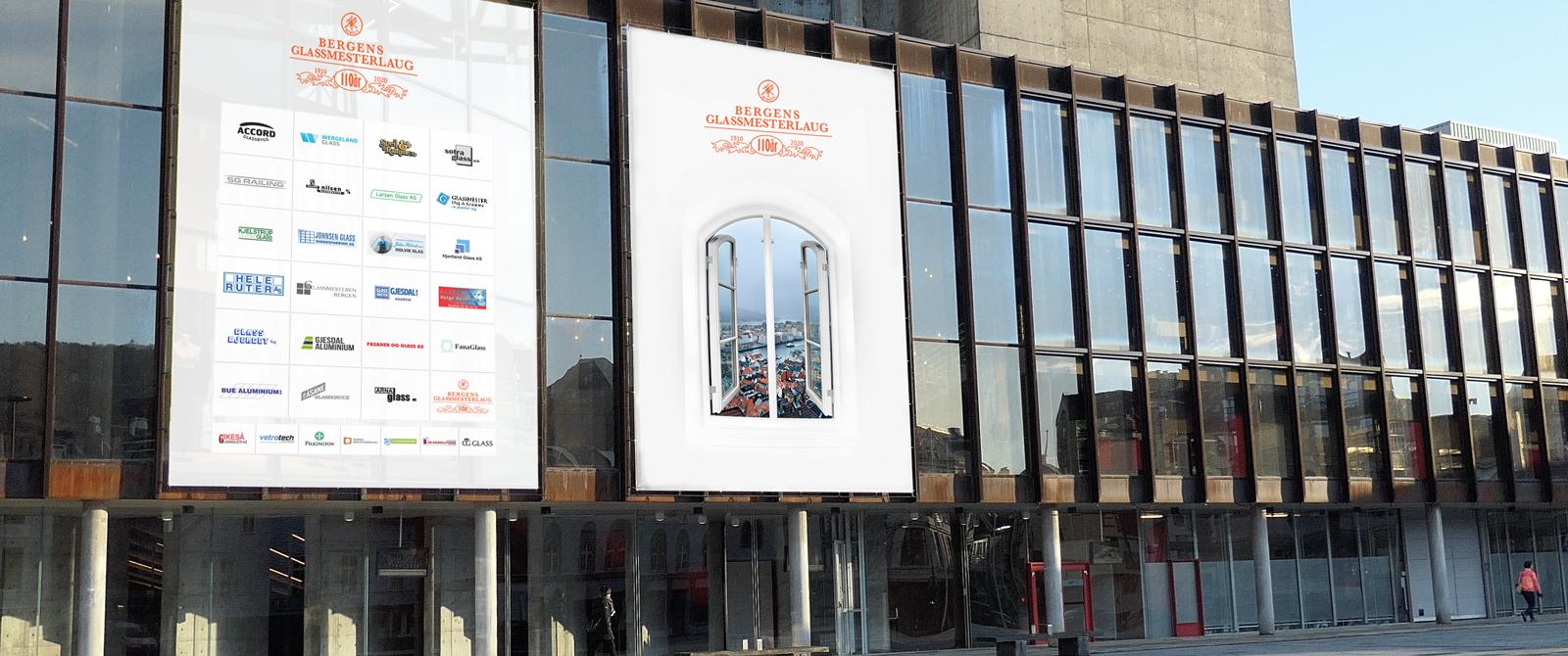 Foto av Grieghallen med poster av bergens glassmesterlaugs medlemsbedrifter