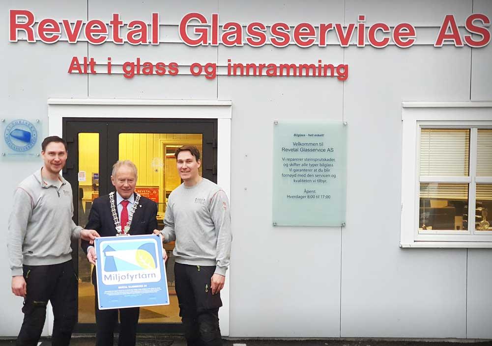Foto av Revetal Glasservice AS