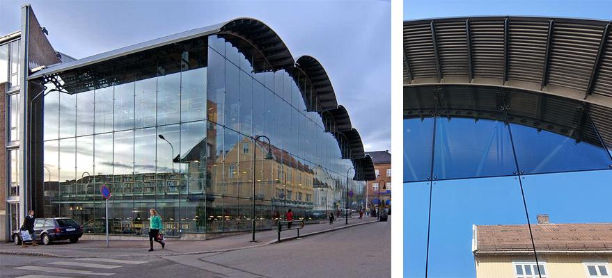 Foto av glassfasade med og uten solfilm