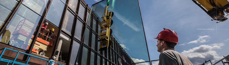 Foto av utskiftning av vinduer i Grieghallen