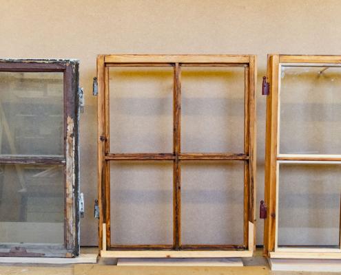 Foto av restaurerte vinduer ved Historisk Museum
