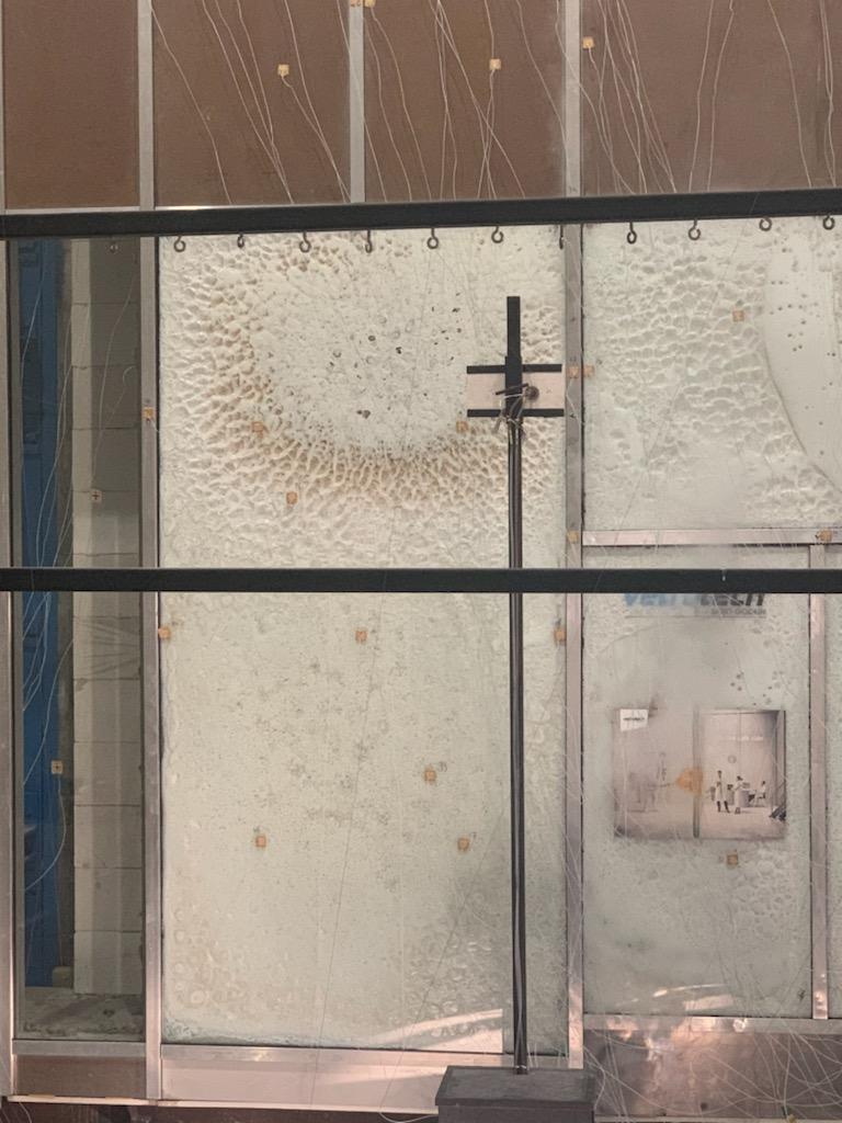 Foto av branntest av fasade