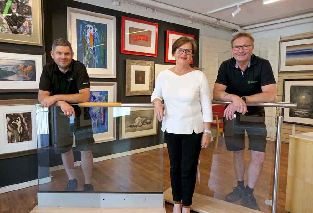 Foto av Bjørn Furulund, Torill Furulund og Jon Inge Skaarer