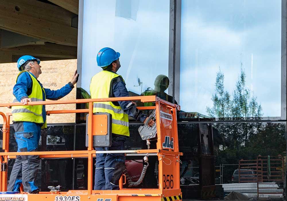 Foto av fasademontering